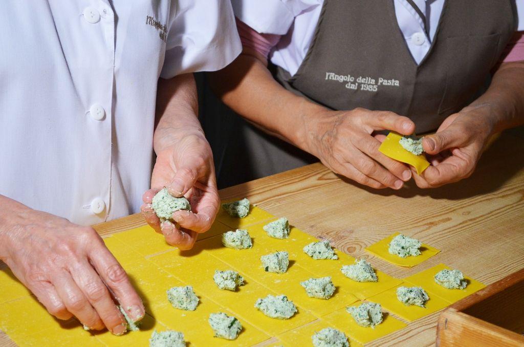 sfogline-pasta-fresca-modena